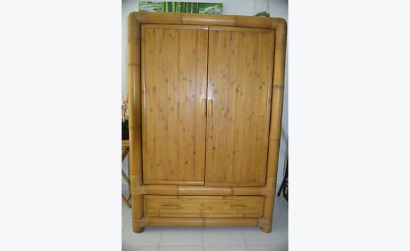 Armoire bambou annonce meubles et d coration mont vernon saint martin for Armoire en rotin bambou